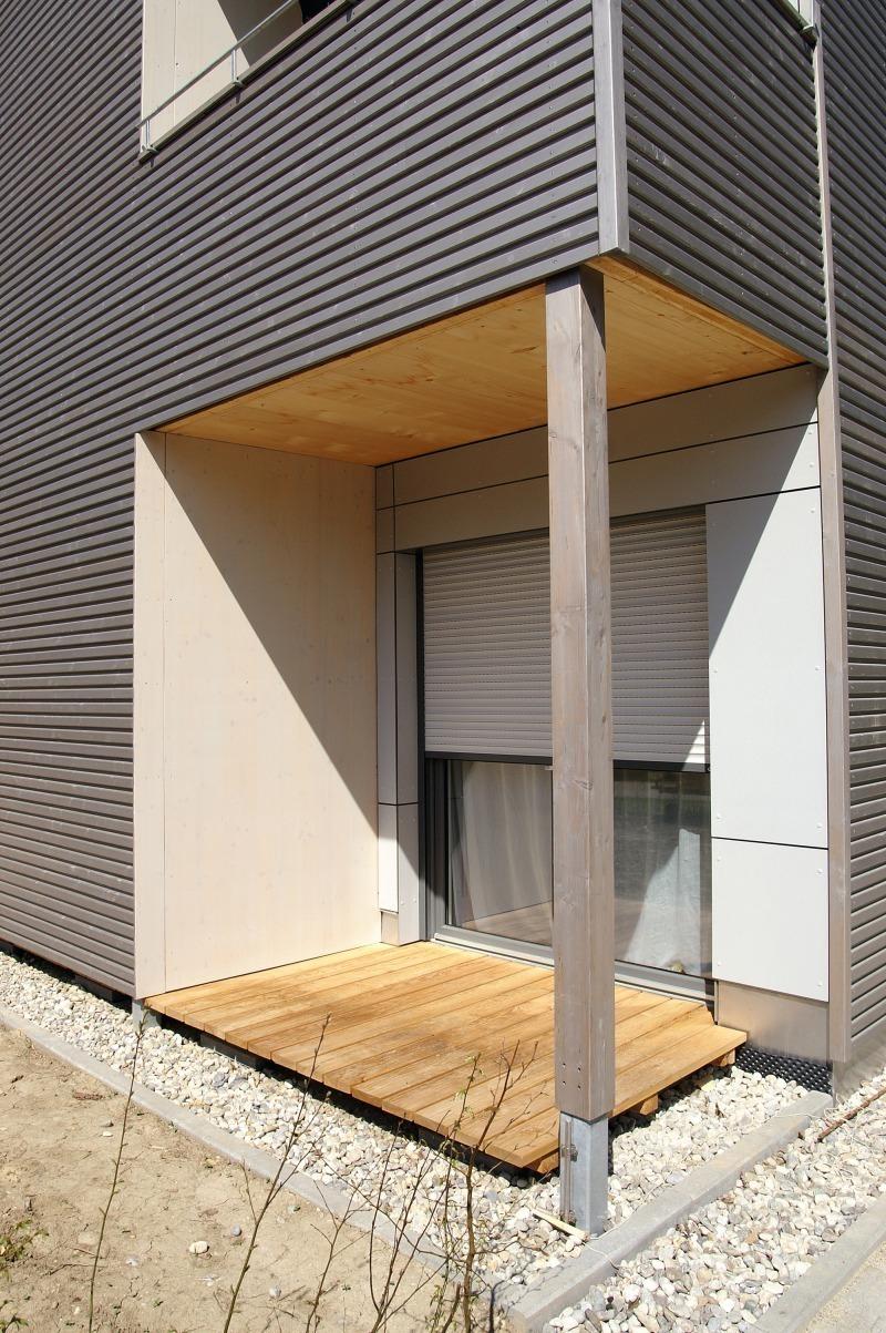 modern und kologisch bauen mit holz jola horschig. Black Bedroom Furniture Sets. Home Design Ideas